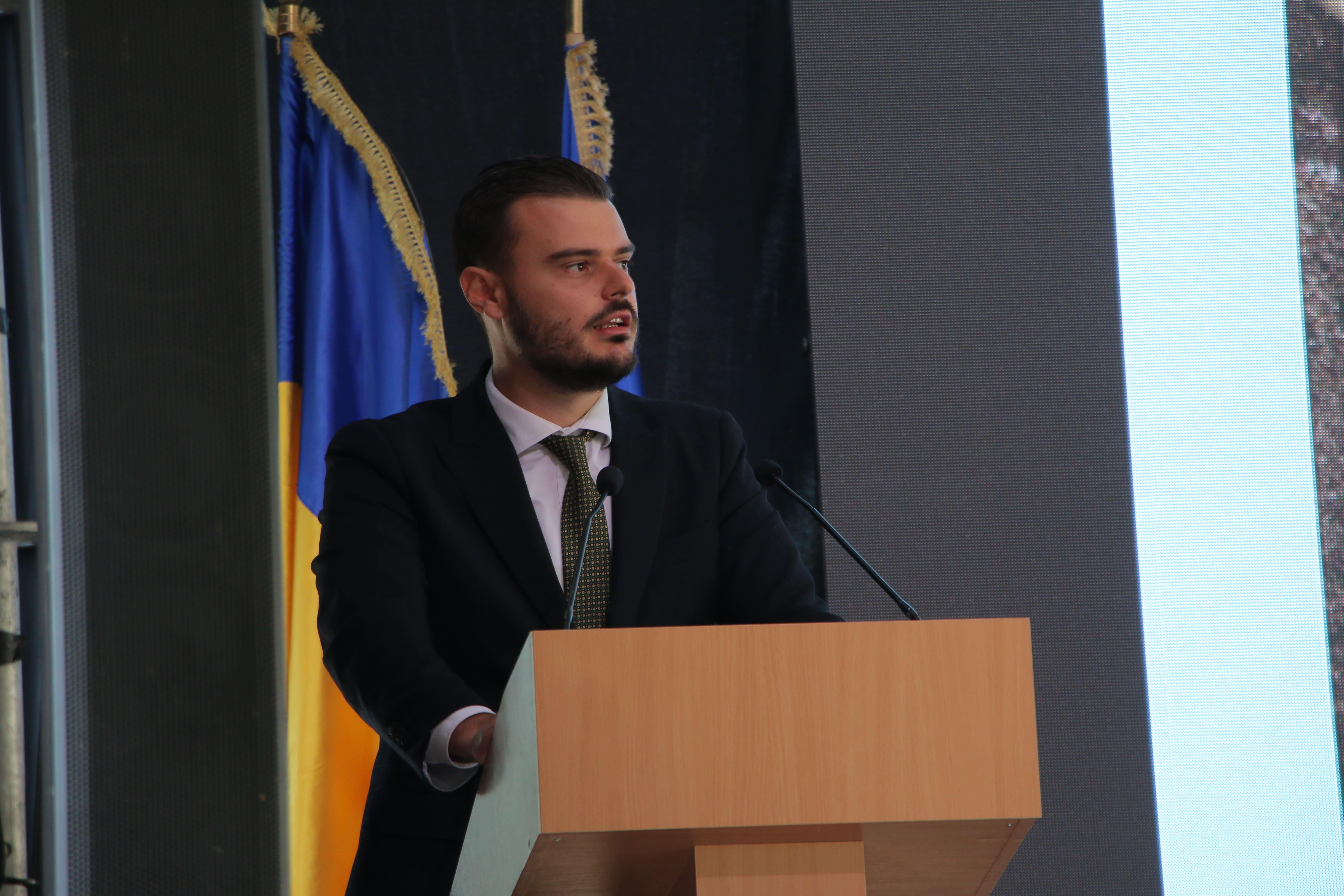 Виконавчий директор Асоціації газовидобувних компаній України Артем Петренко.jpg