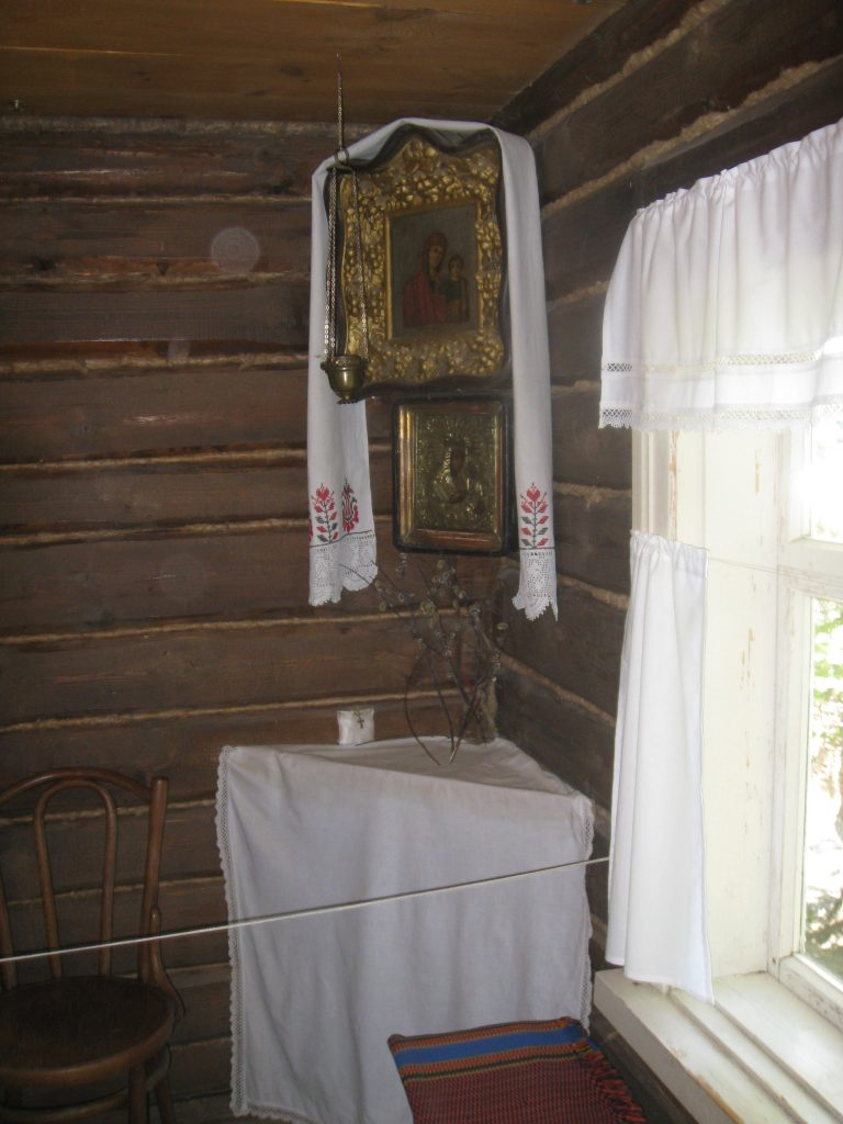 Дом-музей-Есенина.-Горница.jpg