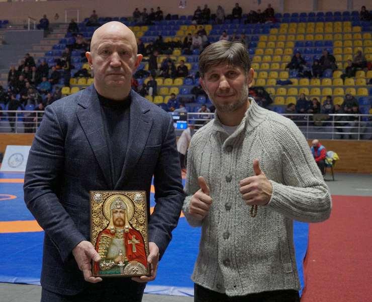 Александр Доровской и Эльбрус Тедеев.JPG