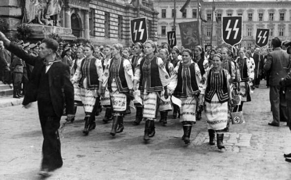 1.Львов, 1943 г.jpg